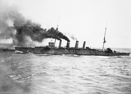 The light cruiser HMAS Sydney steams towards Rabaul. The Australian Naval & Military Expeditionary Force (AN&MEF), which included HMAS Sydney, HMAS Australia, HMAS Encounter, HMAS Warrego, HMAS Yarra and HMAS Parramatta, seized control of German New Guinea on 11 September 1914 (via Wikipedia)
