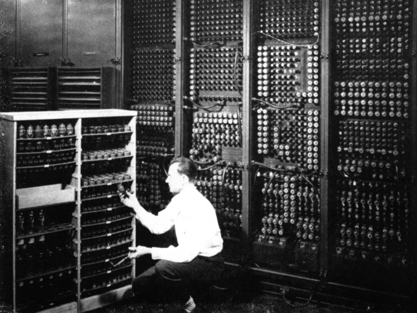 An ENIAC technician changes a tube. (Photo: US Army)