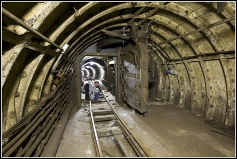 Exploring An Abandoned Underground Mail Railway Line